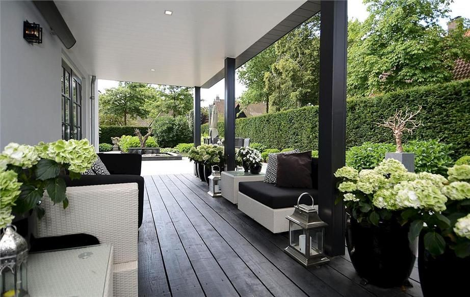 Moderne Terrassengestaltung Terrasse Mit Holzbalken Kreative