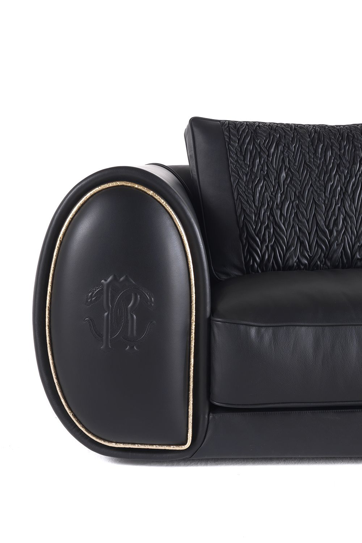 Roberto Cavalli Home Interiors Bold Sofa Modern Furniture Living Room Sofa Styling House Interior