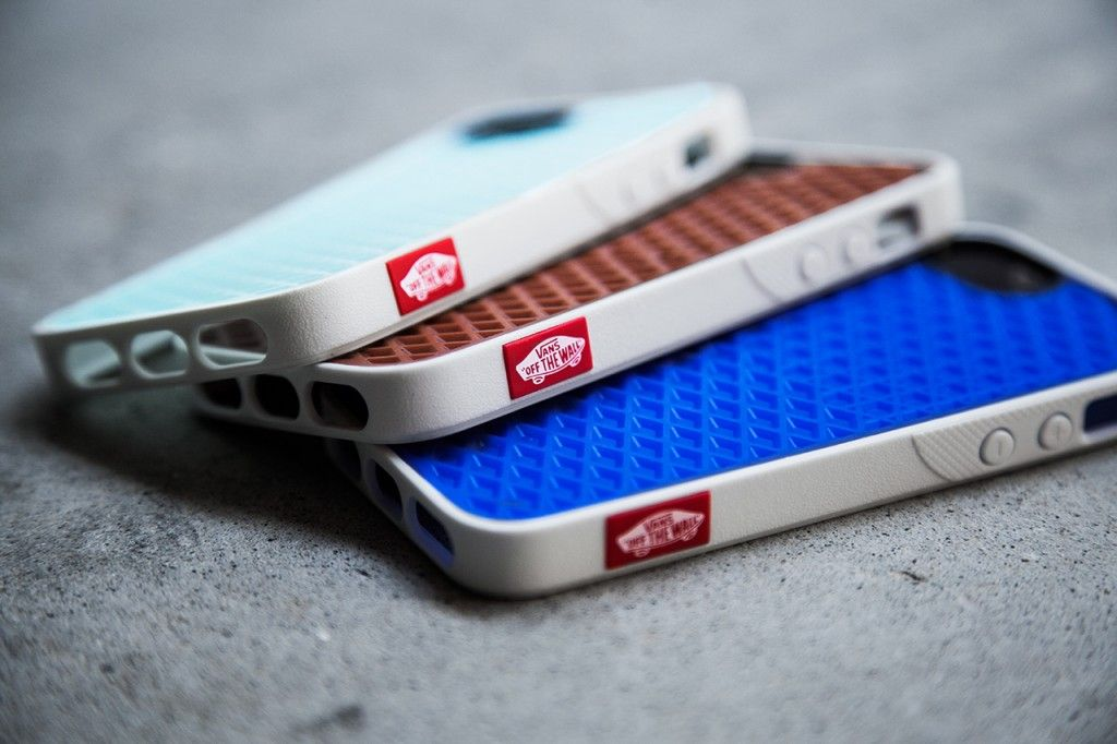 Vans x Belkin IPhone 5 Case Collection | Phone case
