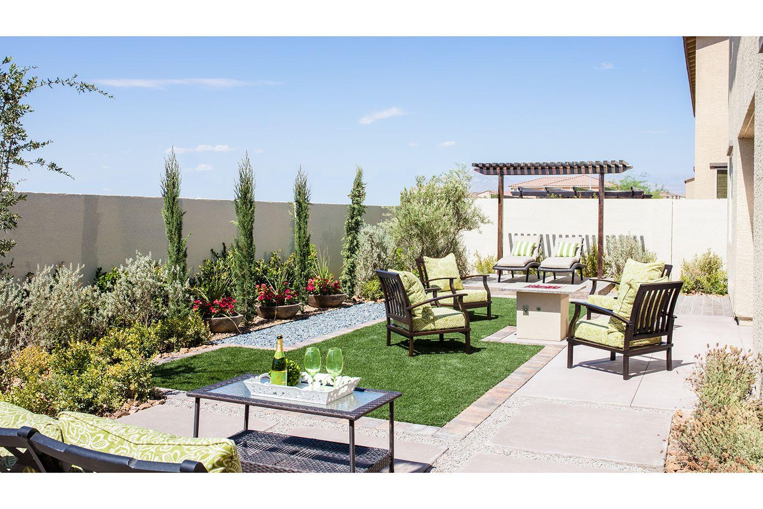 Castle Rock Image Gallery Homes For Sale North Las Vegas Desert Landscaping Backyard Backyard Design Backyard