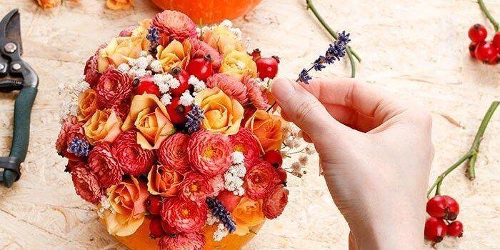 Herbstliche Tischdeko selber machen #herbstlichetischdeko Herbstliche Tischdeko selber machen | Anleitung für Kürbis-Deko mit Blumen #herbstlichetischdeko Herbstliche Tischdeko selber machen #herbstlichetischdeko Herbstliche Tischdeko selber machen | Anleitung für Kürbis-Deko mit Blumen #herbstlichetischdeko Herbstliche Tischdeko selber machen #herbstlichetischdeko Herbstliche Tischdeko selber machen | Anleitung für Kürbis-Deko mit Blumen #herbstlichetischdeko Herbstliche Tischdeko selber #herbstlichetischdeko