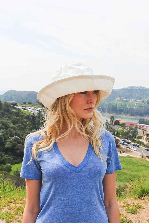 94fe318fa0215 Sungrubbies Hats - Casual Traveler (XL- Natural) Wide Brim Packable ...