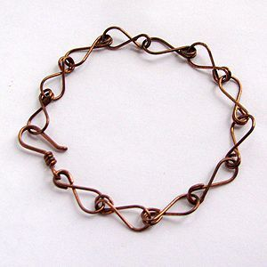 Eight-Chain Bracelet - beautiful tutorial. With link to \'adding ...