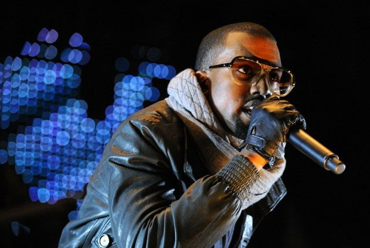 """Kanye West to Recieve MTV's """"Highest Honor"""" at The VMAs"""