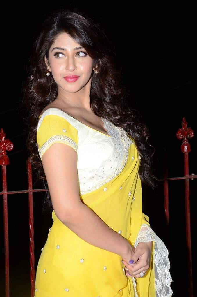 Sonarika latest images in yellow saree sonarika bhadoriya sonarika latest images in yellow saree altavistaventures Image collections