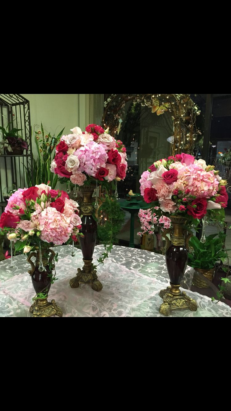 Shades Of Pink Floral Centerpieces Robyns Floral Pinterest