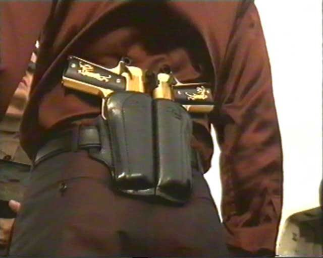 Dual guns holster   Zombie apocalypse   Guns, Firearms, Weapons 6581915aa03