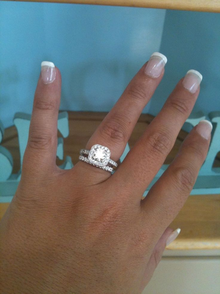 that is a cute wedding band with the square ring jacq - Square Wedding Rings