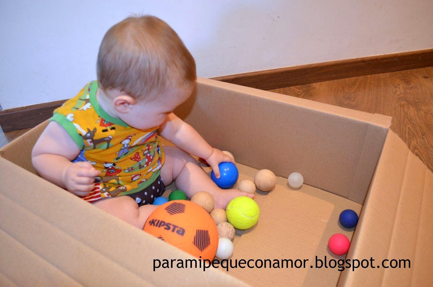 Una caja de pelotas - 6 meses