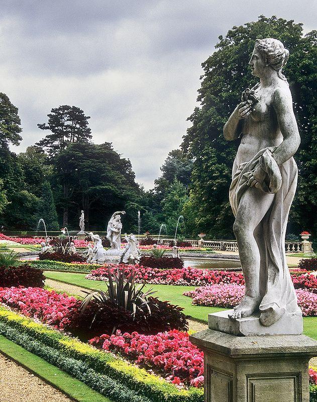 Waddesdon Manor Gardens Buckinghamshire Uk Statues In The Formal Gardens 14 Of 30 Formal Gardens Manor Garden Outdoor Statues