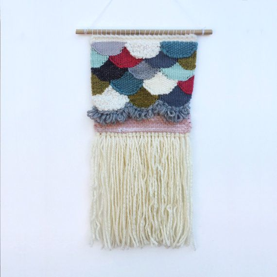 Scallops Weaving / Woven Wall Hanging / Textile / by AWovenTale