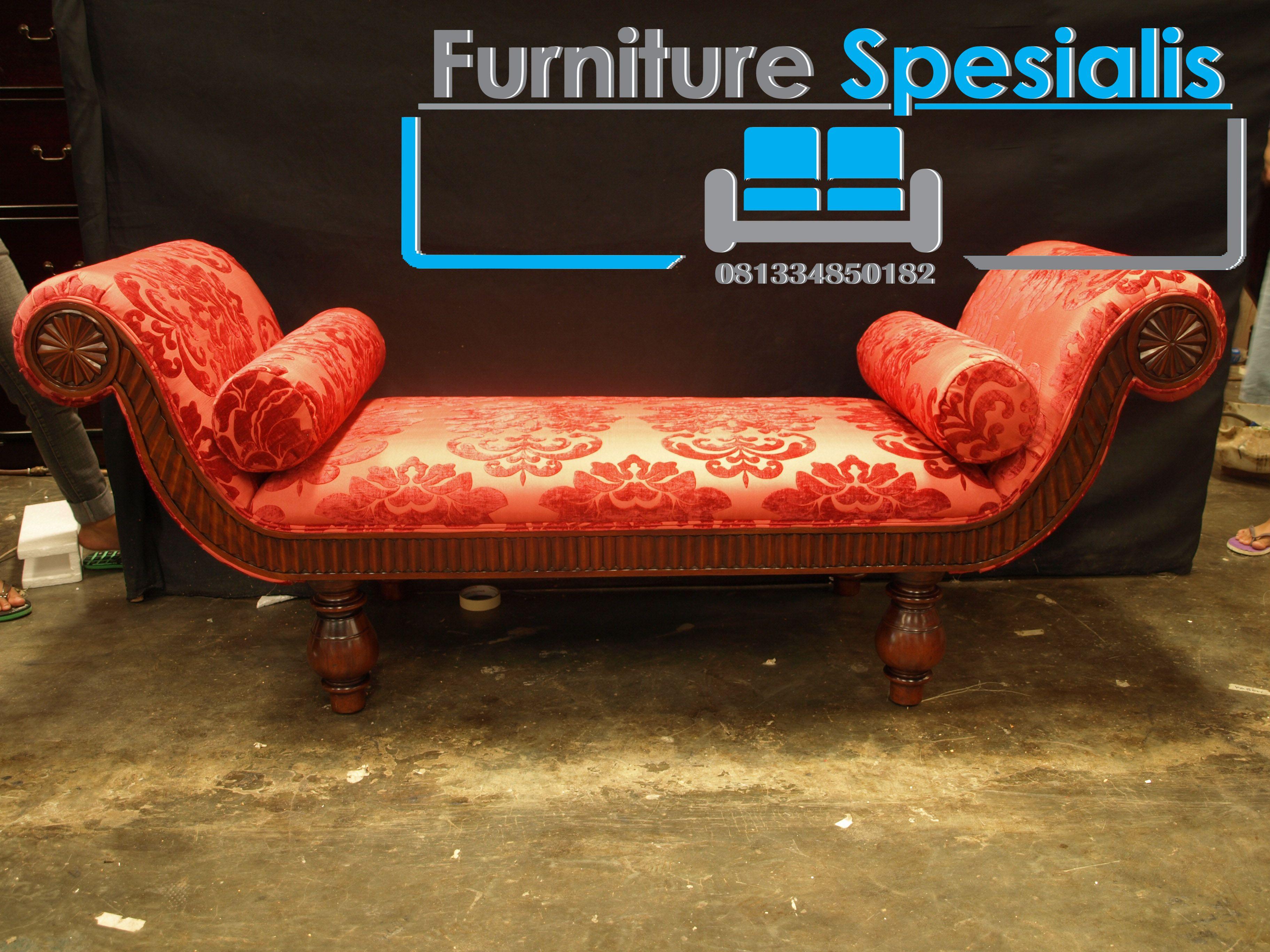 Set Kursi Santai Lengkung Merah Antik Merupakan Produk Furniture  # Muebles Departamentos Pequenos Df