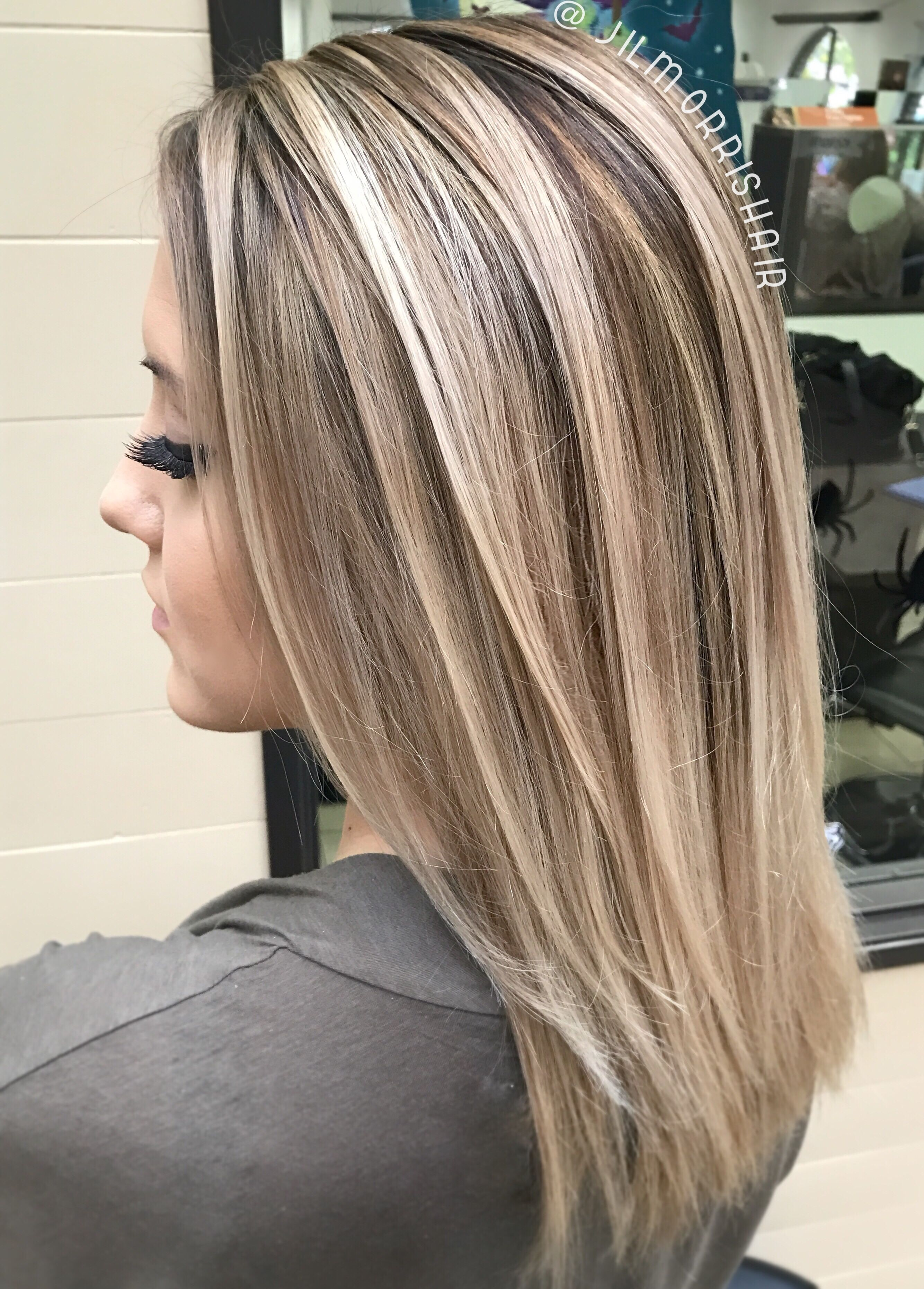 Cool Ashy Blonde Balayage Highlights With Neutral Shadow Root
