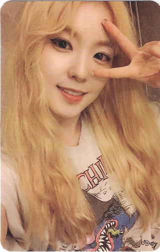 Red Velvets Ice Cream Cake Photocards In 2019 Kpoop