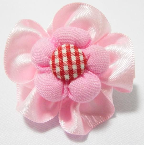 Checkered Rose Baby Hair Clip PInk. 4cm (L) by 4cm (W). Ideal for children from 1 1/2 year old onwards. 1 for $1.50. Like us at https://www.facebook.com/pages/ChucklingBaby/675475065907287.