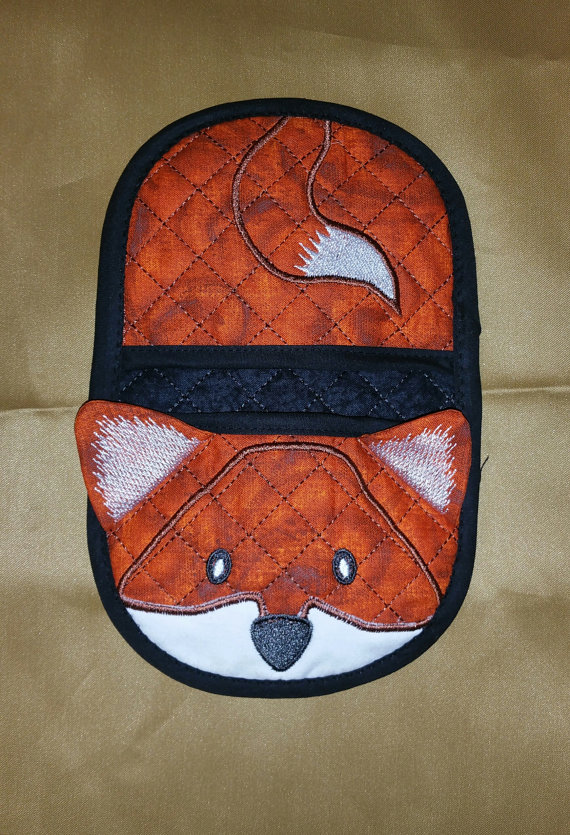 Fox in the hoop oven mitt, applique machine embroidery digital design pattern