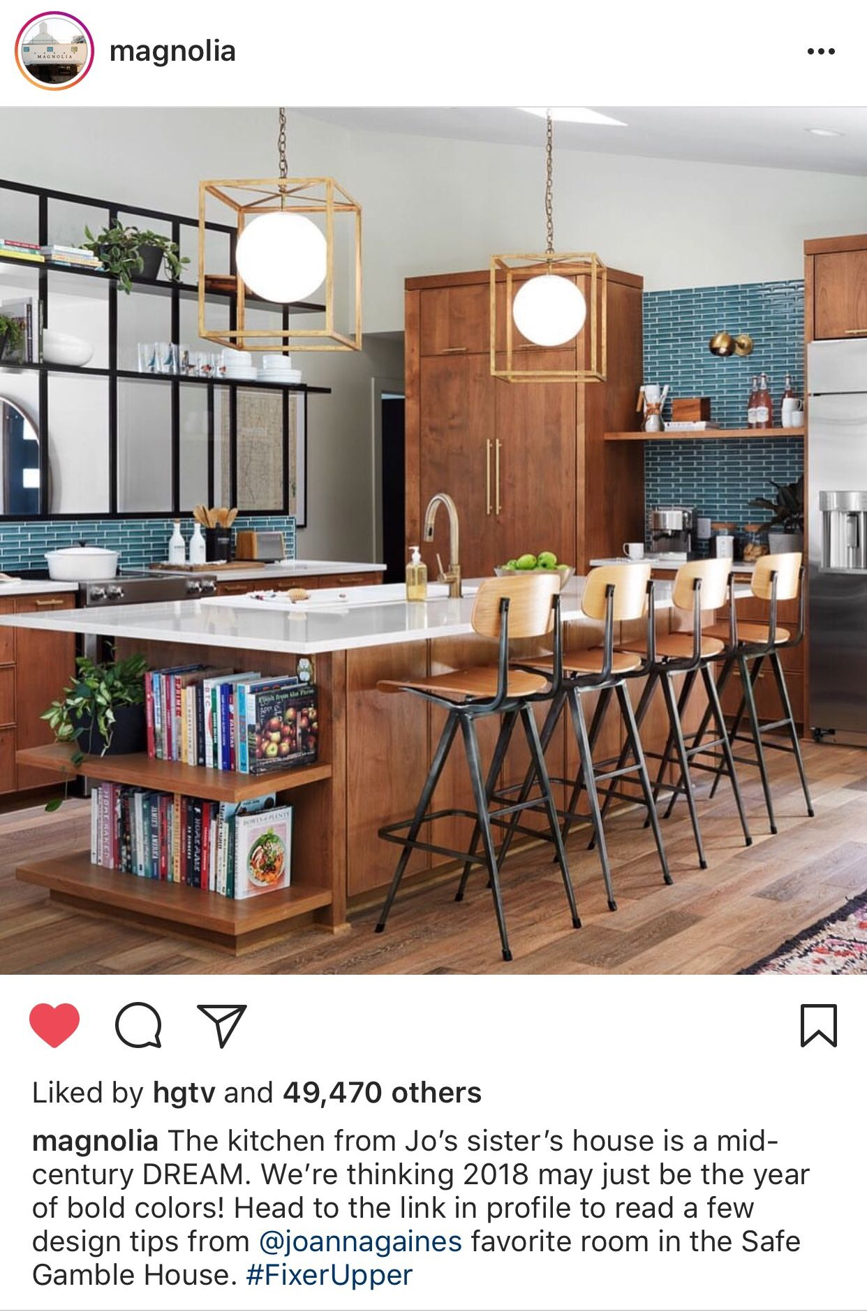 Joanna S Sister S House On Fixer Upper Fixerupperseason5 Fixer Upper Kitchen Fixer Upper House Kitchen Interior