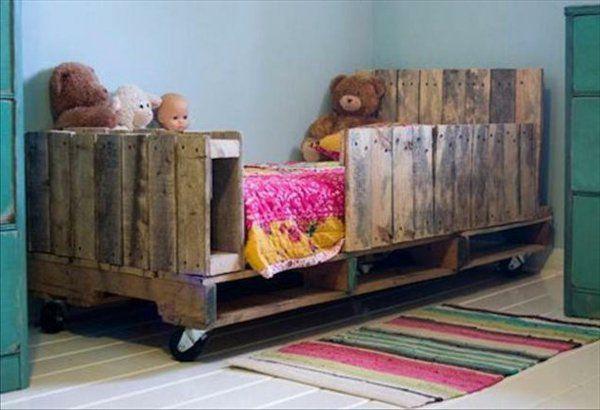 Möbel Aus Europaletten Babybett Zwillinge