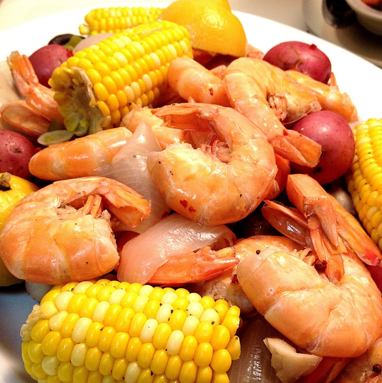 cajun shrimp boil 2 lbs shrimp shell on 1 2 lb andouille sausage