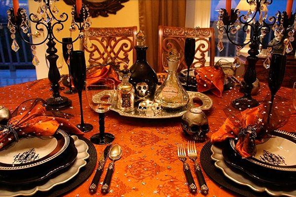 Fiesta de Halloween planeando adulto