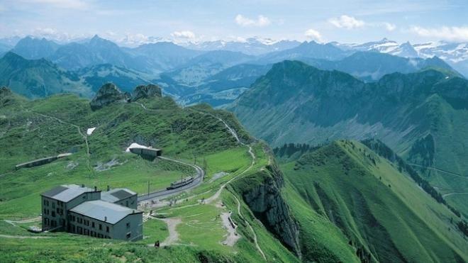 مدينه الوجه محافظة الوجه جنيف عاصمة المال والجمال Scenic Swiss Travel Travel