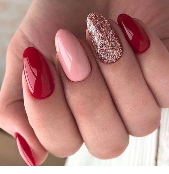 #Gel #Glitter #Nails #Red #StepUpLadiesnet         Red gel nails and some glitter - StepUpLadies.net #gelnails