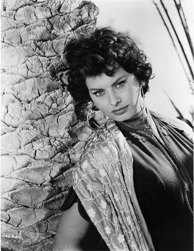 Sophia Loren, Legend o...