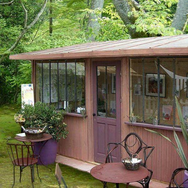 quand la cabane devient une petite maison avec suppl ment d 39 me jardins pinterest cabane. Black Bedroom Furniture Sets. Home Design Ideas