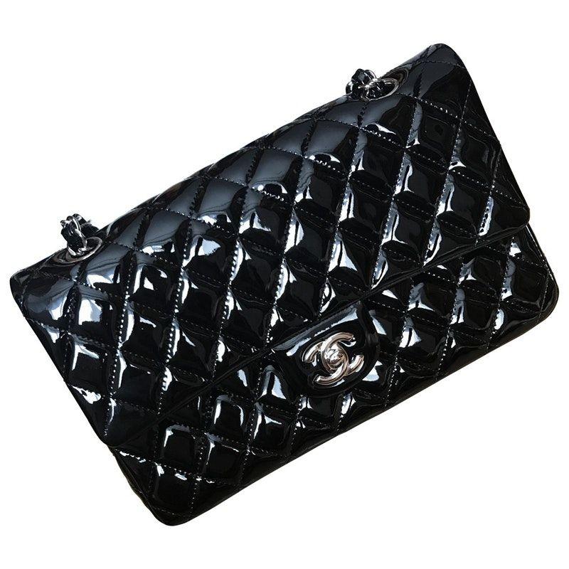 59d041744 Timeless patent leather handbag   My style   Chanel handbags, Patent ...