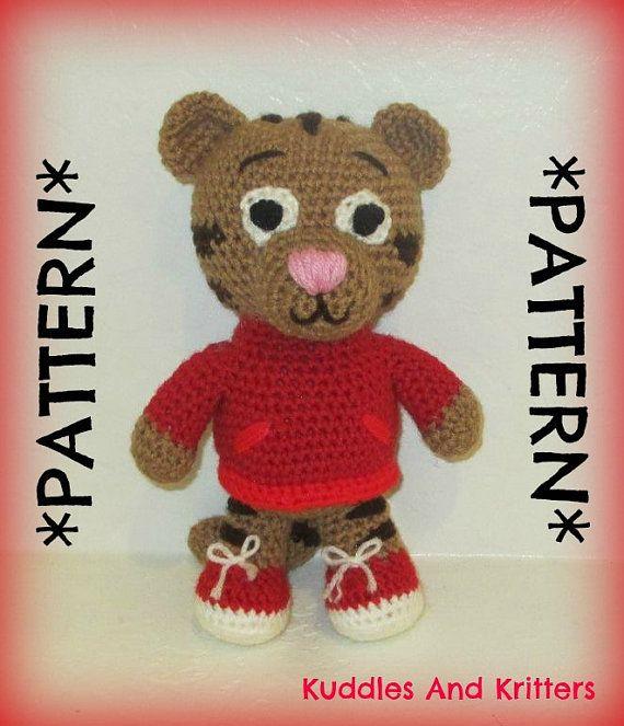 Set of crochet patterns Daniel the tiger and miss Elaina | 663x570