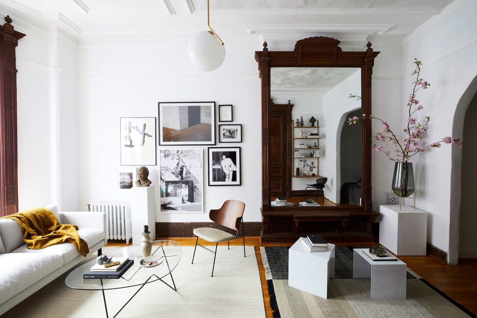 An Architectural Brooklyn Living Room with a Modern Sensibility ...