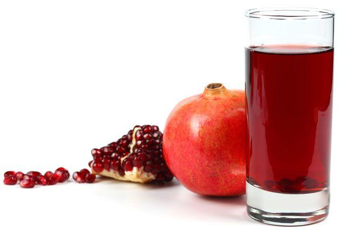 ¿Sabes realmente todos los beneficios de esta fruta? ¡Añade un toque de granada a tu día a día!
