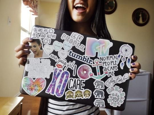 Stickers on Your Laptop: The Status Symbol of Choice on College Campuses