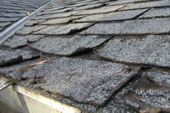 Tips To Assess And Repair Roof Storm Damage Roof Repair Roofing Modern Roofing
