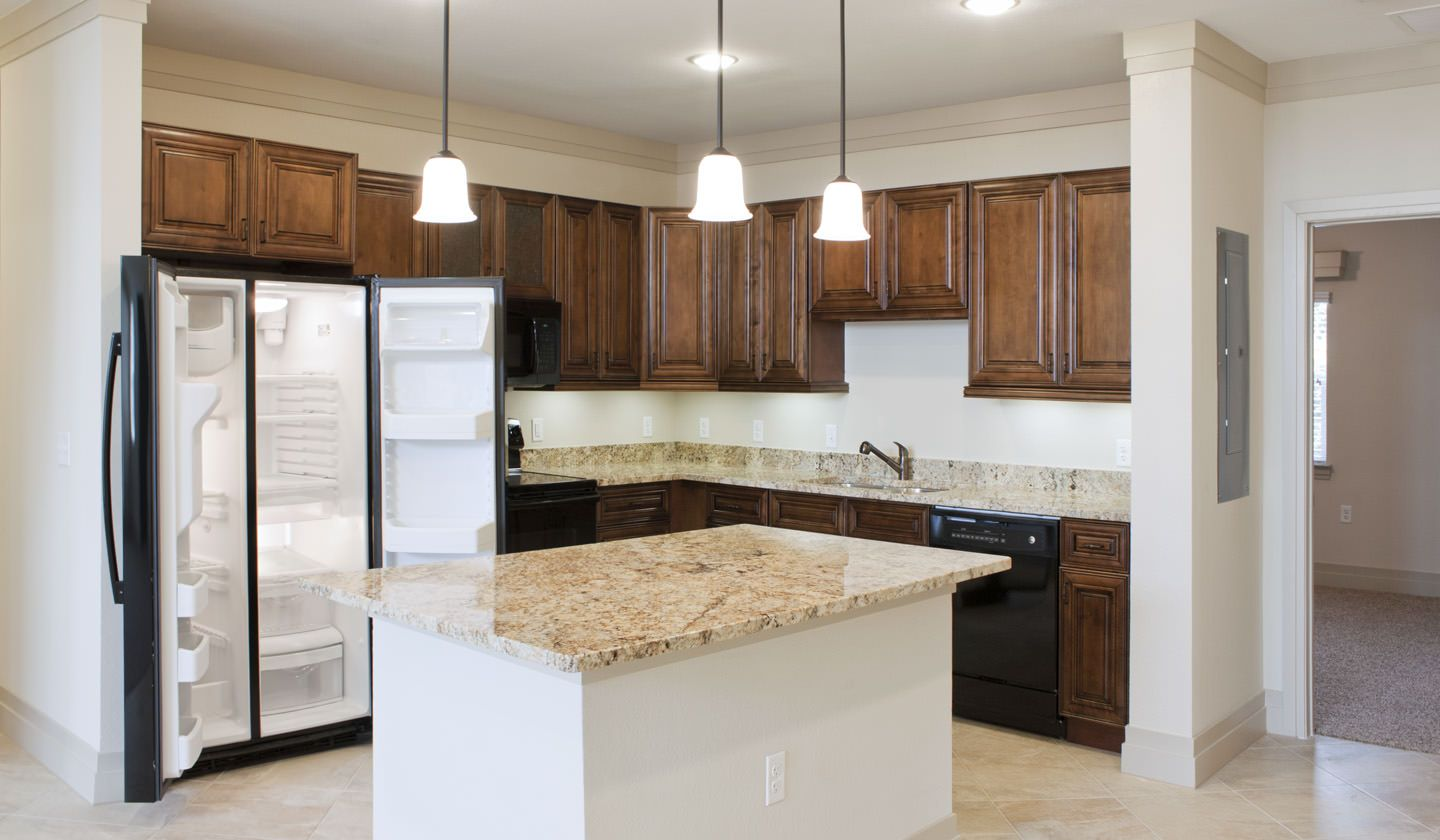 Kitchen At Tuscana Luxury Apartments In Gainesville Fl With
