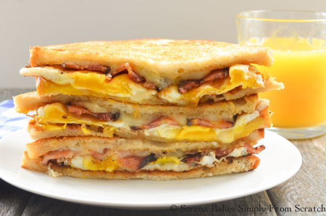 Bacon and Egg Grilled Cheese Breakfast Sandwiches are great to grab and go! So g... - Bacon and Eg