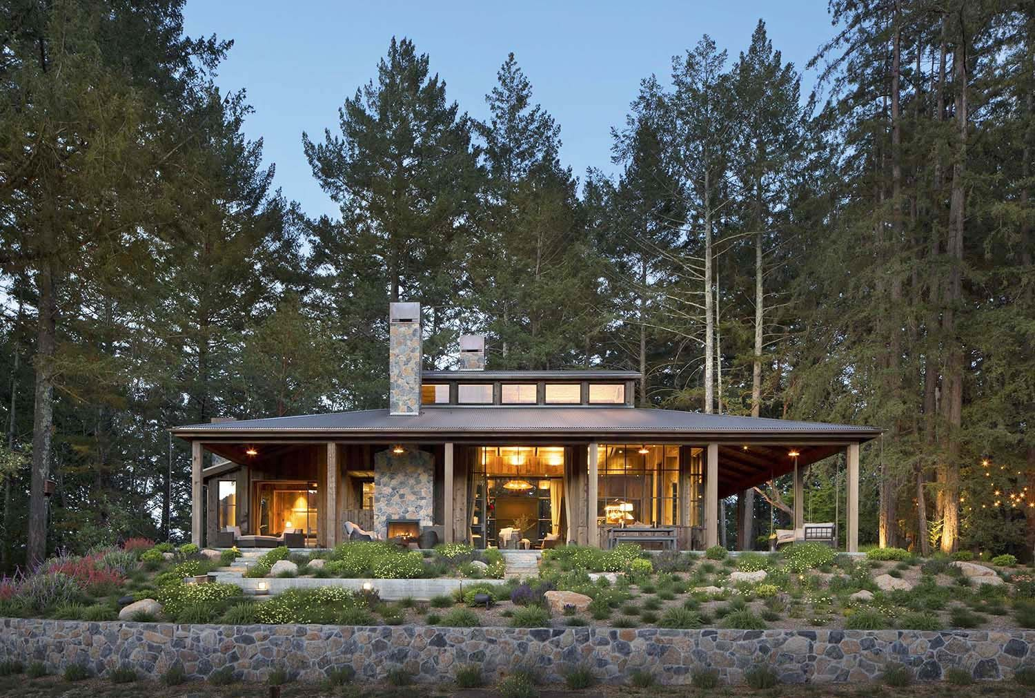 Farmhouse Architecture Features Small Woodsy Cabin Features A Cozy Farmhouse Style In Napa