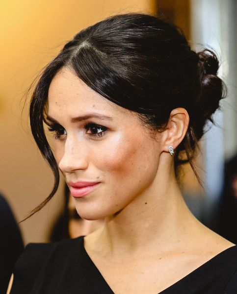 Ms Meghan Markle Arrives At The Royal Aeronautical Society To Attend A Women S Empowerment Receptio Meghan Markle Hair Megan And Harry Wedding Princess Meghan