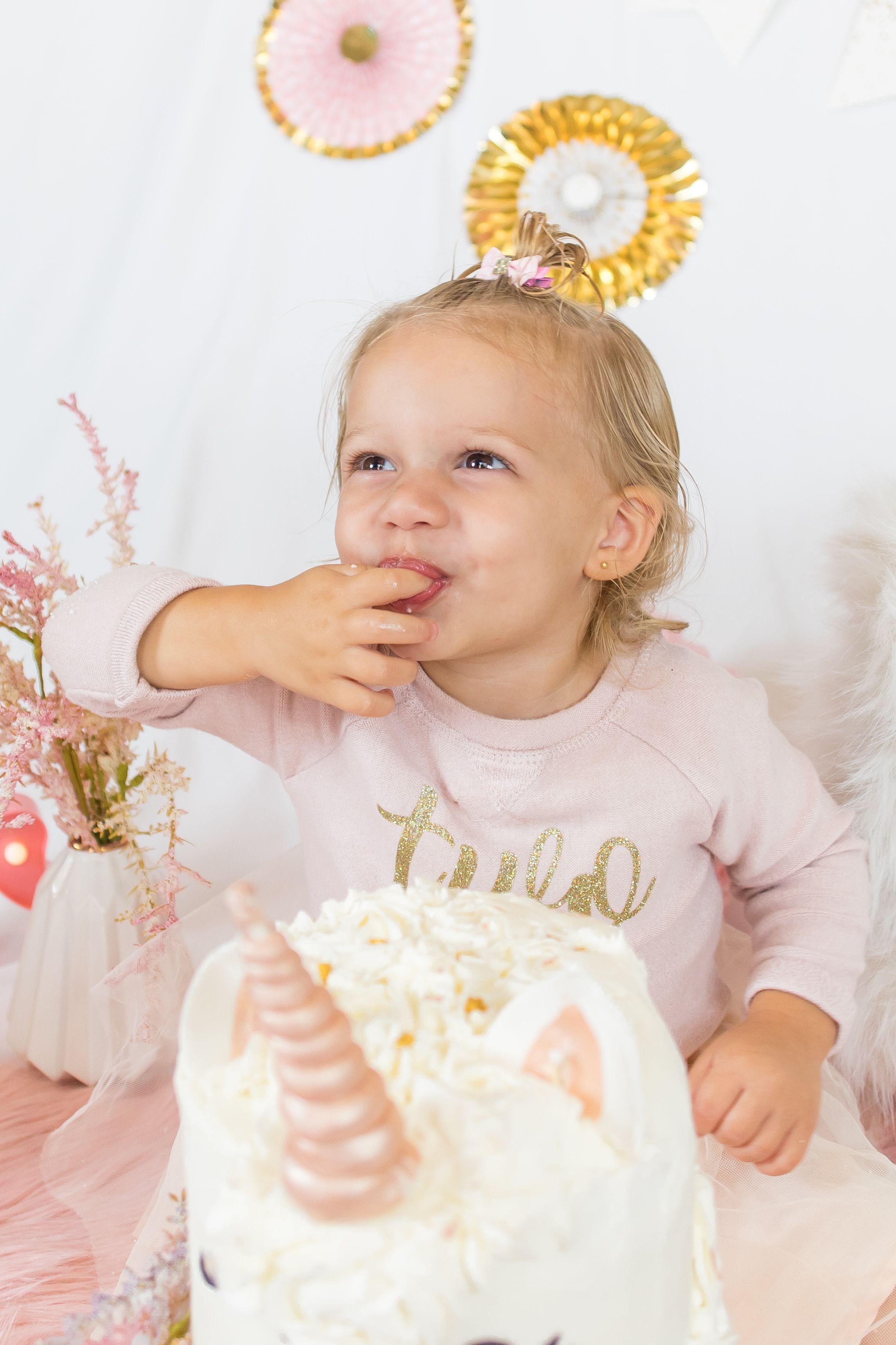 Unicorn Cake Smash Session