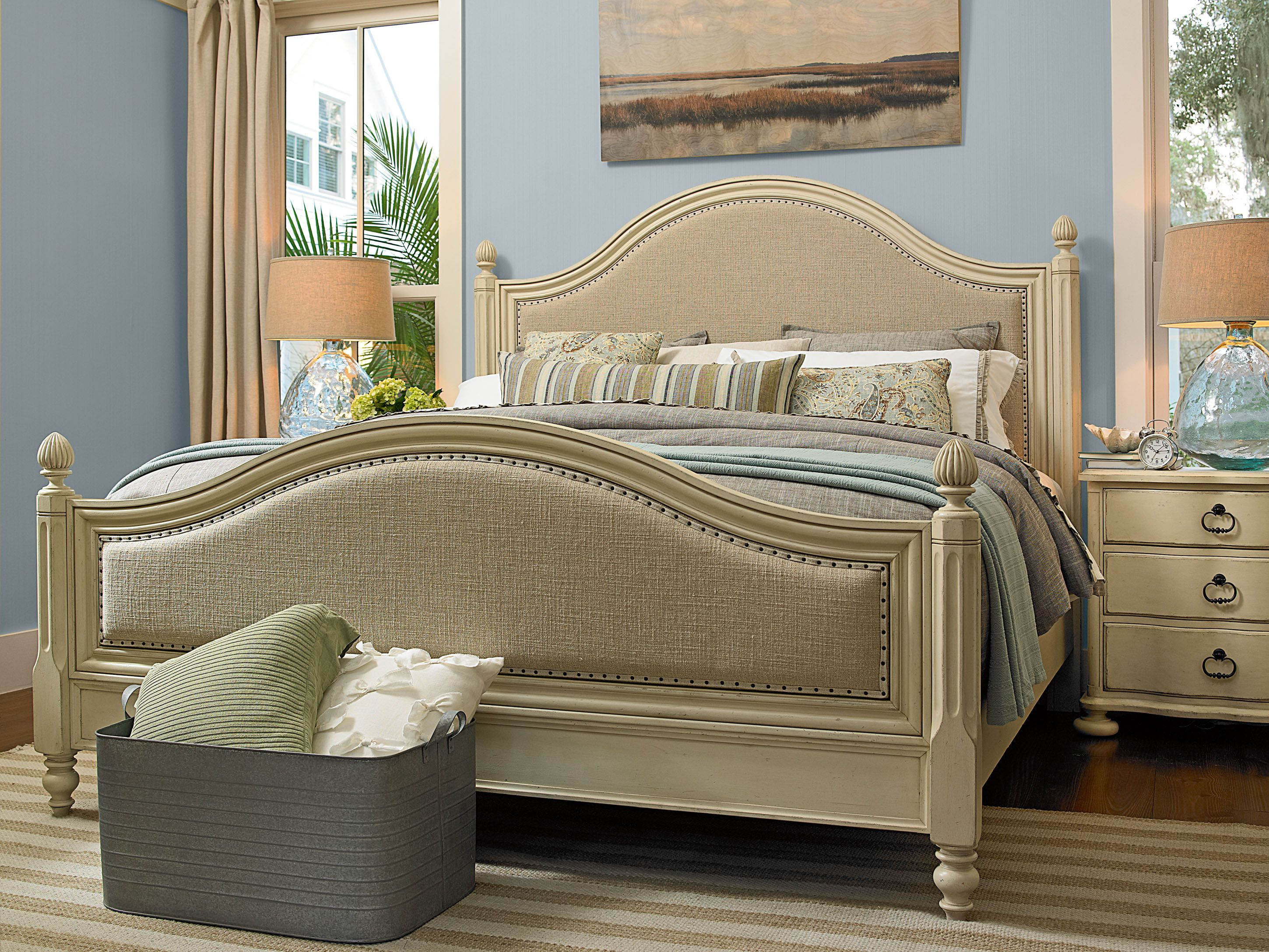 River House Collection Low Post Bed and Bedside Chest
