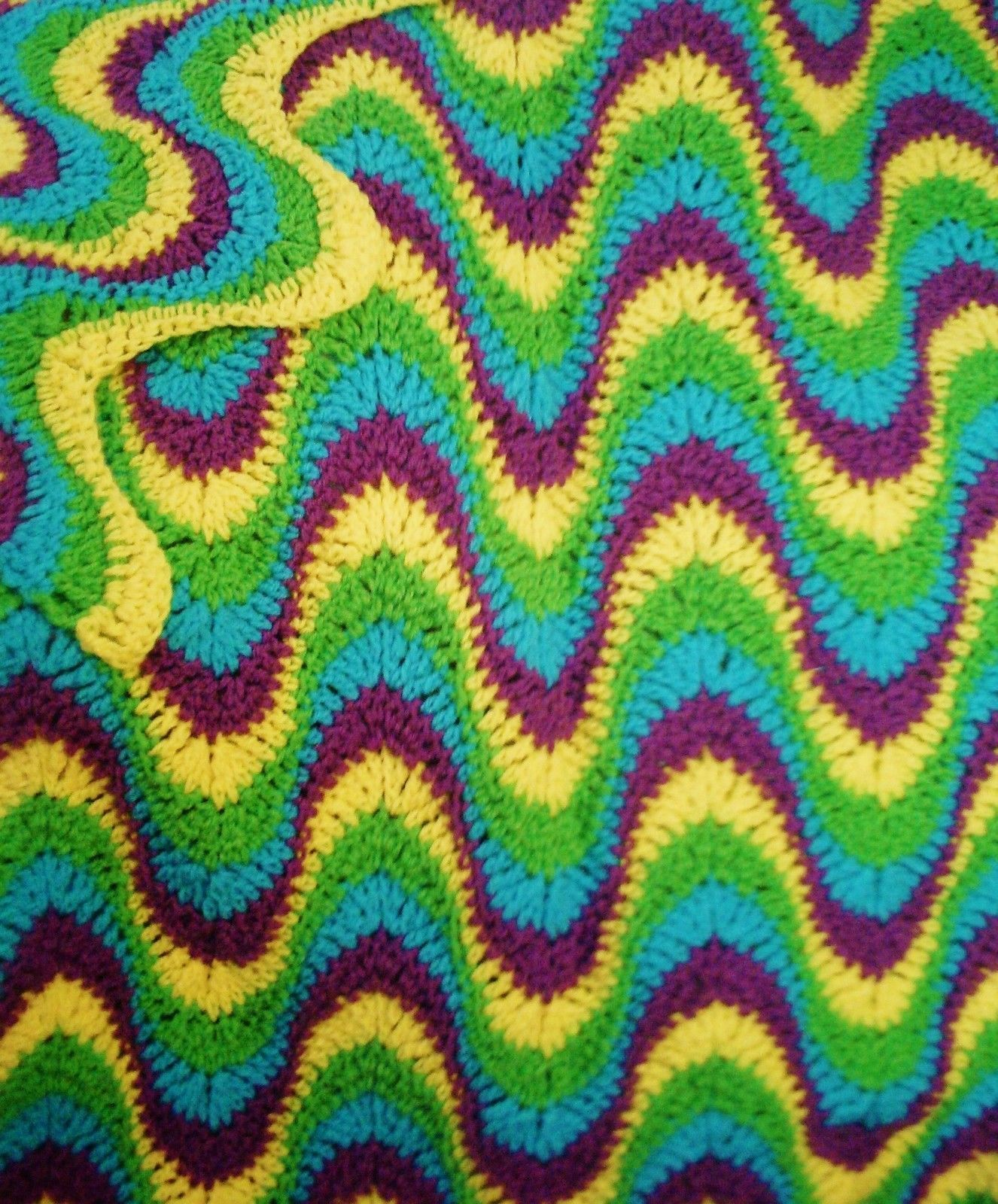 Multi-Colored, Exaggerated Ripple, 54 X 63 Afghan / Throw Crochet ...