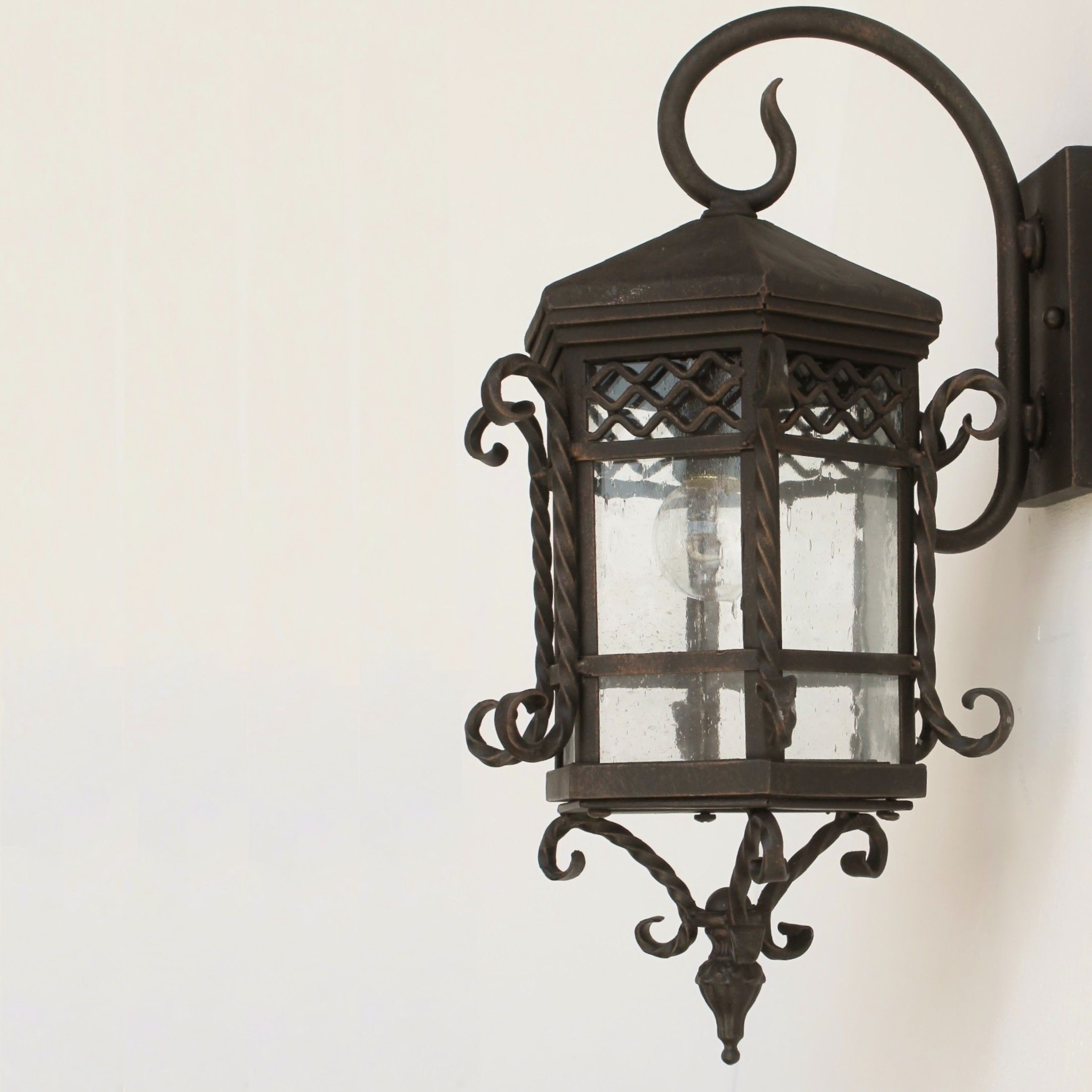 Spanish revival colonial wall lantern lighting for Outdoor colonial lighting