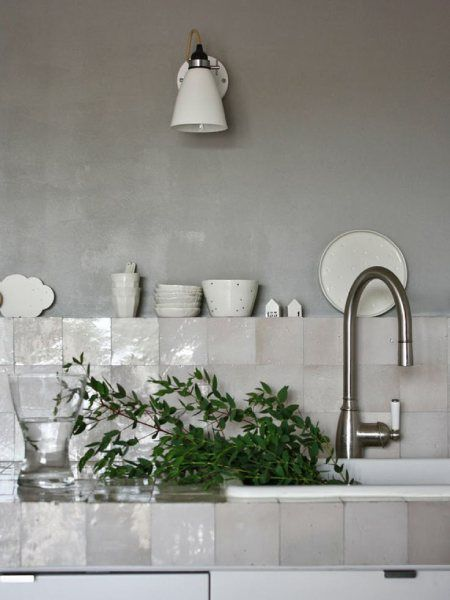Tile Color Spotlight Add Neutral Appeal With French Linen With