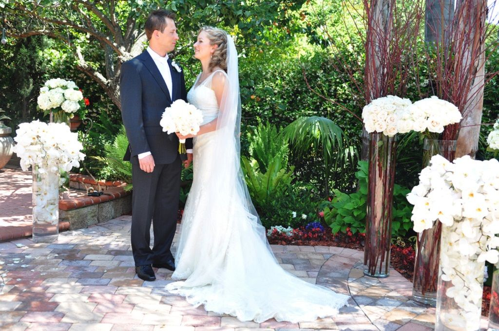 Floral Design Wedding Flowers Designer Wedding Florist Orange County CA. Garden wedding flowers idea