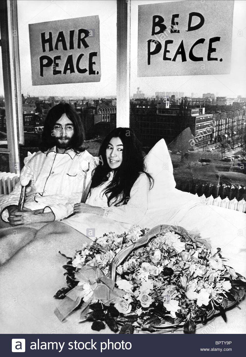 Bed Peace John Lennon Yoko Ono 1969 John Lennon And Yoko Yoko Ono John Lennon Yoko Ono