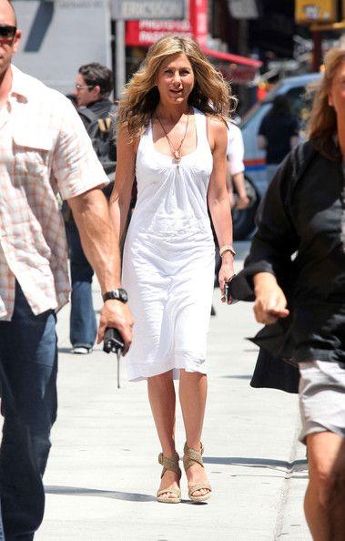 Jennifer Aniston Day Dress - Jennifer Aniston Clothes Lookbook - StyleBistro f9b16b130