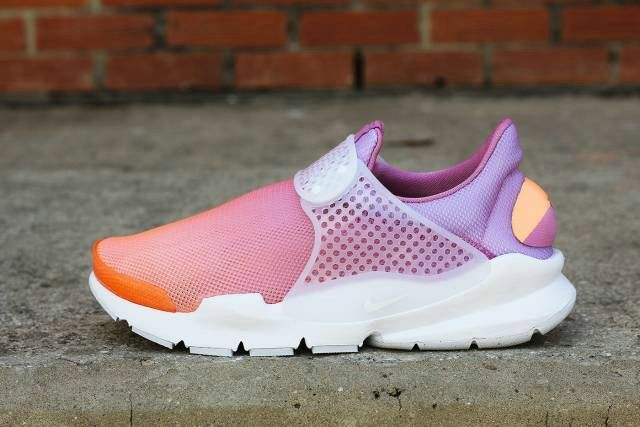 new concept 706ba a0294 Free Shipping Only 69  NIKE SOCK DART BREATHE WOMENS SHOE Sunset Glow Orchid  Glacier Blue