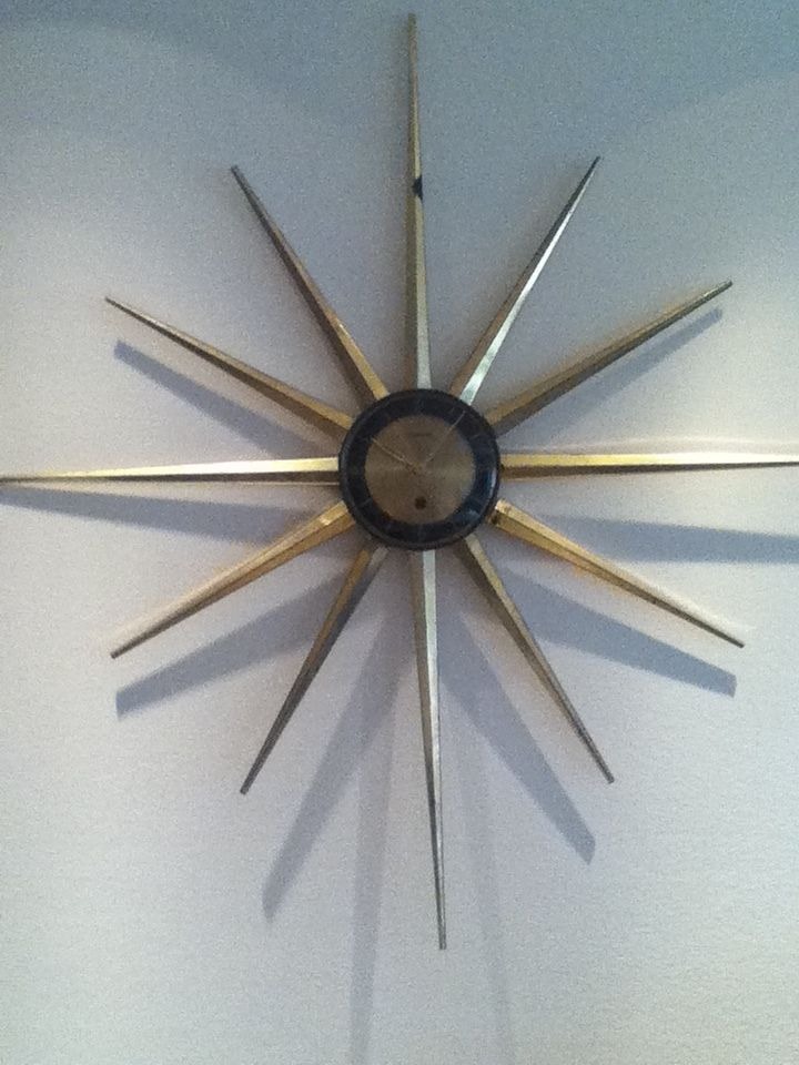 Vintage Forestville Starburst Sunburst Wall Clock 8 Day Mechanical Wind Up Wall Clock Clock Starburst