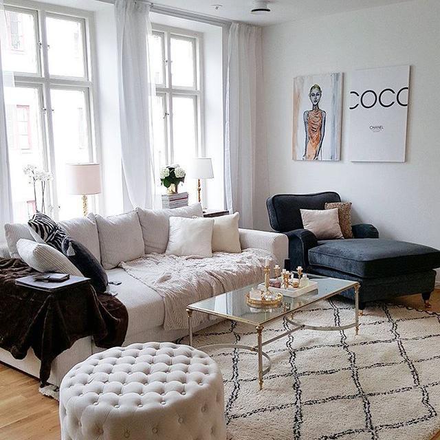 Vit Björnen bäddsoffa Soffa, compact living, smart förvaring, vardagsrum, sovrum, ullmatta