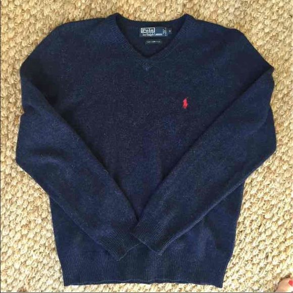 Ralph Lauren sweater Men's Ralph Lauren sweater in like new condition. Size medium. 100 percent lambswool. Ralph Lauren Sweaters V-Necks
